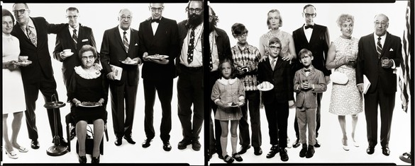 Richard Avedon, Allen Ginsberg's family: Hannah (Honey) Litzky, aunt; Leo Litzky, uncle; Abe Ginsberg, uncle; Anna Ginsberg, aunt; Louis Ginsberg, father; Eugene Brooks, brother; Allen Ginsberg, poet; Anne Brooks, niece; Peter Brooks, nephew; Connie Brooks, sister-in-law; Lyle Brooks, nephew; Eugene Brooks; Neal Brooks, nephew; Edith Ginsberg, stepmother; Louis Ginsberg, Paterson, New Jersey, May 3, 1970, 1970 Gelatin silver print, 96 × 240 inches (243.8 × 609.6 cm), edition of 3© The Richard Avedon Foundation