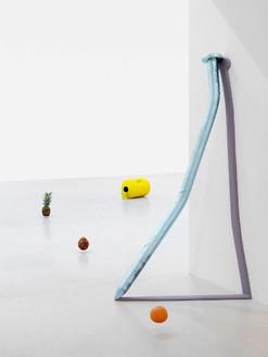 Installation view © Urs Fischer. Photo: Stefan Altenburger
