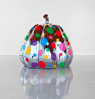 Yayoi Kusama, Dreaming Pumpkin, 2012 Stainless steel and urethane paint, 90 9/16 × 86 ⅝ × 86 ⅝ inches (230 × 220 × 220 cm)Photo by Douglas M. Parker Studio