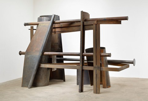 Anthony Caro, In the Forest, 2012 Steel, rusted, 98 × 147 ¼ × 66 15/16 inches (249 × 374 × 170 cm)© Barford Sculptures Ltd, photo by John Hammond