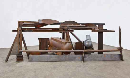 Anthony Caro, Clouds, 2012 Steel, 90 × 229 × 71 inches (228.5 × 585 × 180.5 cm)© Barford Sculptures Ltd, photo by John Hammond