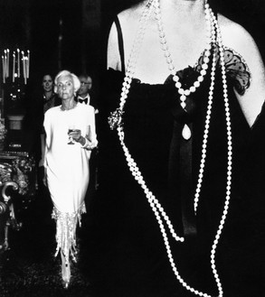 Richard Avedon, Volpi Ball, Venice, Italy, August 31, 1991, 1991 Gelatin silver print, 48 ¾ × 42 inches (123.8 × 106.7 cm), edition of 5© The Richard Avedon Foundation