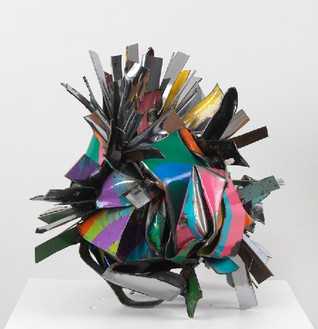 John Chamberlain, CONEYISLANDDORIC, 2008 Painted and chromed steel, 16 ½ × 21 × 16 inches (41.9 × 53.3 × 40.6 cm)© Fairweather & Fairweather LTD/Artists Rights Society (ARS), New York