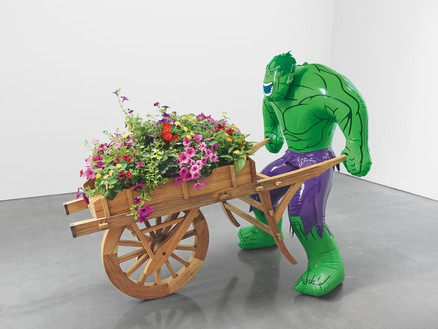 Jeff Koons, Hulk (Wheelbarrow), 2004–13 Polychromed bronze, mixed media, and live flowering plants, 68 × 48 × 84 inches (172.7 × 121.9 × 213.4 cm), edition of 3© Jeff Koons. Photo: Rob McKeever