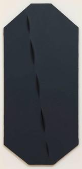 Lucio Fontana, Concetto spaziale, Attese (Spatial Concept: Expectations), 1959 Acrylic on canvas, 50 ⅝ × 23 ⅝ × 2 ¾ inches (128.5 × 60 × 7 cm)© Fondazione Lucio Fontana. Photo: Rob McKeever