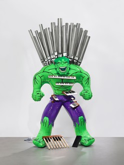 Jeff Koons, Hulk (Organ), 2004–14 Polychromed bronze and mixed media, 99 ½ × 50 ¼ × 31 ⅝ inches (252.7 × 127.6 × 80.3 cm), edition of 3 + 1 AP© Jeff Koons