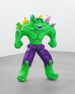 Jeff Koons, Hulk (Friends), 2004–12 Polychromed bronze, 71 ¼ × 48 ½ × 26 inches (181 × 123.2 × 66 cm)© Jeff Koons