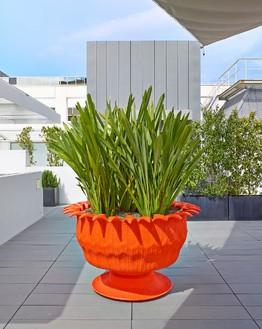 Richard Prince, Untitled (tire planter), 2007 Cast polyurethane, 40 × 68 × 68 inches (101.6 × 172.7 × 172.7 cm)© Richard Prince. Photo: Douglas M. Parker Studio