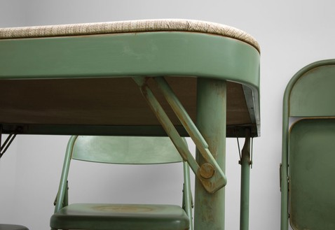 Robert Therrien, No title (Folding table and chairs, green), 2008 (detail) Painted metal and fabric, Table: 96 × 120 × 120 inches (243.8 × 304.8 × 304.8 cm); 4 chairs: 104 × 64 × 72 inches each (264.1 × 162.6 × 182.9 cm)Photo by Josh White