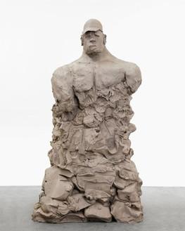 Urs Fischer, bro w/ hat, 2014 Cast bronze, 71 × 46 × 36 inches (180.3 × 116.8 × 91.4 cm), edition of 2© Urs Fischer. Photo: Melissa Christy