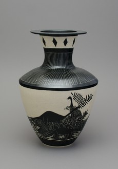 Shio Kusaka, (dinosaur 19), 2014 Stoneware, 22 ¼ × 15 ¼ × 15 ¼ inches (56.5 × 38.7 × 38.7 cm)