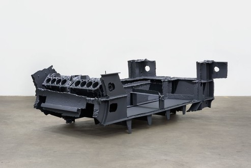 Sterling Ruby, DRAG (ALDERAAN CRUISER), 2015 Steel, engine blocks, and paint, 38 × 67 × 107 inches (96.5 × 170.2 × 271.8 cm)© Sterling Ruby, photo by Robert Wedemeyer