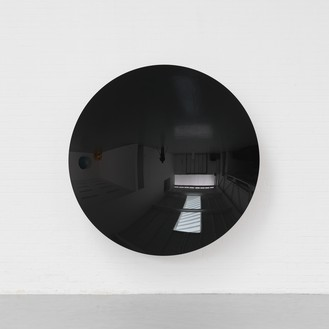 Anish Kapoor, Mirror (Black), 2014 Aluminum and paint, 86 ⅝ × 86 ⅝ × 18 ½ inches (220 × 220 × 47 cm)© Anish Kapoor, photo by Dave Morgan