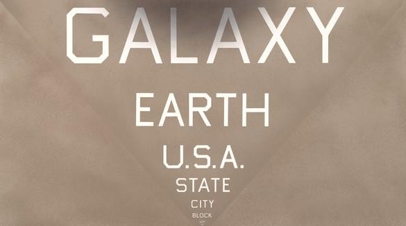 Ed Ruscha, Galaxy, U.S.A., Dot, 2016 Acrylic on canvas, 72 × 124 inches (182.9 × 315 cm)© Ed Ruscha