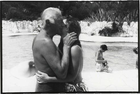 Jean Pigozzi, Gianni Agnelli and Koo Stark, 1986, 1986 Archival pigment print, 20 × 24 inches unframed (50.8 × 61 cm), edition of 15 + 3 APs© Jean Pigozzi