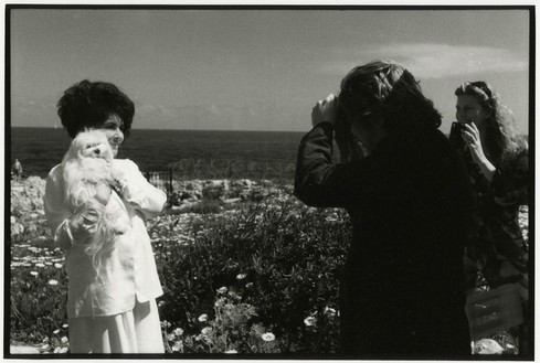 Jean Pigozzi, Elizabeth Taylor and Dave Stewart, 1993, 1993 Archival pigment print, 20 × 24 inches unframed (50.8 × 61 cm), edition of 15 + 3 APs© Jean Pigozzi