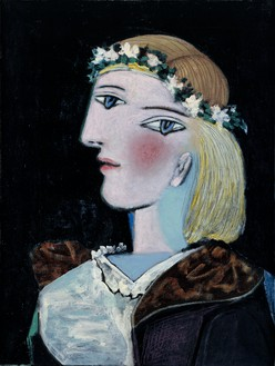 Pablo Picasso, Marie-Thérèse avec une guirlande, 1937 Oil and pencil on canvas, 24 × 18 ⅛ inches (61 × 46 cm)© 2016 Estate of Pablo Picasso/Artists Rights Society (ARS), New York. Photo: Béatrice Hatalala