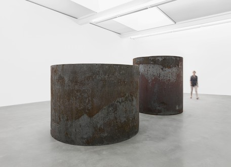 Installation view with Rounds: Equal Weight, Unequal Measure (2016) Artwork © Richard Serra. Photo: Mike Bruce