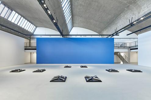 Installation view Artwork © 2016 Estate of Walter De Maria. Photo: Thomas Lannes