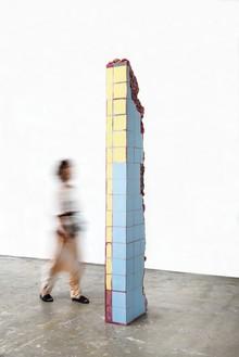 Adriana Varejão, Rome Meat Ruin, 2016 Oil on aluminum and polyurethane, 100 ⅞ × 18 ⅛ × 10 ¼ inches (256 × 46 × 26 cm)© Adriana Varejão. Photo: Vicente de Mello