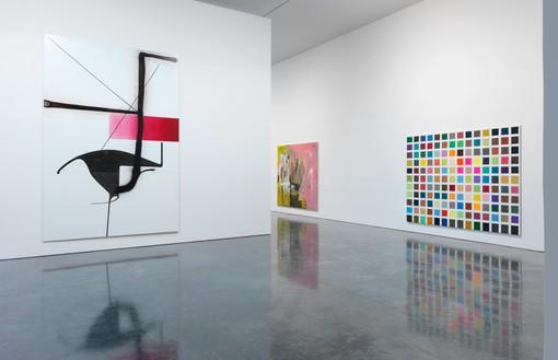Installation view Artwork © Albert Oehlen. Photo: Rob McKeever