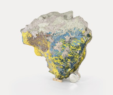 Franz West, Sisyphos VIII, 2002 Papier-mâché, Styrofoam, cardboard, lacquer and acrylic, 61 ¾ × 68 ⅞ × 57 inches (157 × 174.9 × 144.9 cm)© Franz West Privatstiftung