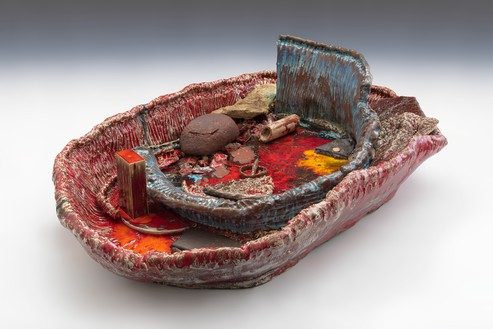 Sterling Ruby, Basin Theology/SACRUM SACRAL, 2017 Ceramic, 20 × 66 × 43 inches (50.8 × 167.6 × 109.2 cm)© Sterling Ruby Studio. Photo: Robert Wedemeyer