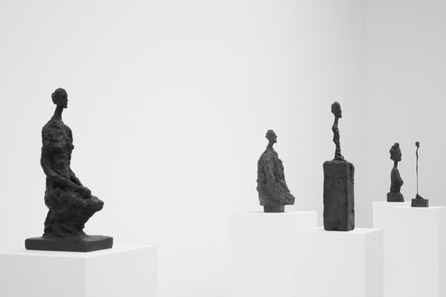 Installation view Artwork © Succession Alberto Giacometti (Fondation Giacometti + ADAGP), Paris 2017. Photo: Lucy Dawkins