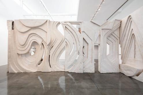 Installation view Artwork © Thomas Houseago. Photo: Fredrik Nilsen