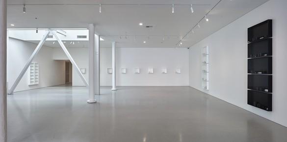 Installation view Artwork © Edmund de Waal. Photo: Johnna Arnold