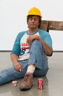 Duane Hanson, Lunchbreak, 1989 (detail) Oil on polyvinyl with mixed media, overall dimensions variable© 2018 Estate of Duane Hanson/Licensed by VAGA at Artists Rights Society (ARS), New York. Photo: Jeff McLane