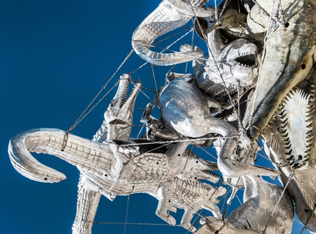 Nancy Rubins, Crocodylius Philodendrus, 2016–17 (detail) Cast iron, brass, bronze, aluminum, stainless steel armature, and stainless steel wire cable, 14 feet 2 ½ inches × 18 feet × 16 feet ½ inch (4.33 × 5.49 × 4.89 m)Installation view, Nancy Rubins's studio, Topanga, California© Nancy Rubins. Photo: Brian Guido