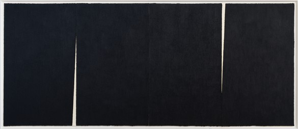 Richard Serra, Triple Rift #3, 2018 Paintstick on handmade Japanese paper, 9 feet 3 inches × 22 feet (2.82 × 6.71 m)© Richard Serra/DACS, London, 2018. Photo: Rob McKeever