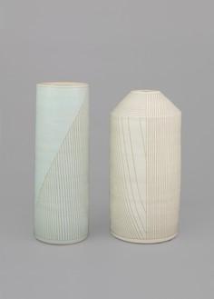 Shio Kusaka, (line 68), 2017 (left), and (line 67), 2017 (right) Stoneware; (line 68): 24 ¾ × 9 × 9 inches (62.9 × 22.9 × 22.9 cm); (line 67): 23 ¾ × 11 ¾ × 11 ¾ inches (60.3 × 29.8 × 29.8 cm)© Shio Kusaka. Photo: Brian Forrest