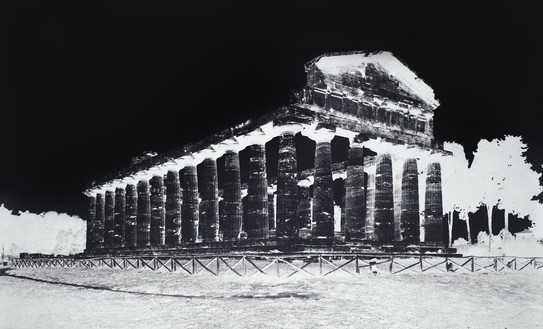 Vera Lutter, Temple of Athena, Paestum, V: October 8, 2015, 2015 Gelatin silver print, 52 ½ × 92 inches (133.4 × 233.7 cm), unique print© Vera Lutter