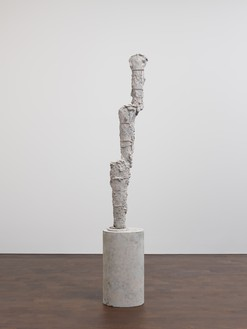 Cy Twombly, Untitled, 2009 Bronze, 94 ¾ × 15 ⅞ × 12 ⅜ inches (240.4 × 40.3 × 31.5 cm), edition 2/3© Cy Twombly Foundation