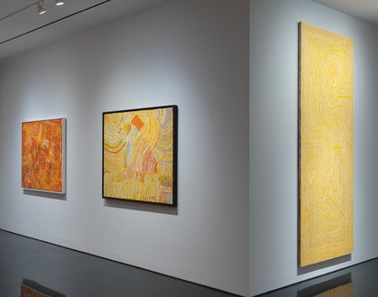 Installation view Artwork, left to right: © Naata Nungurrayi/Copyright Agency. Licensed by Artists Rights Society (ARS), New York, 2019; © Makinti Napanangka/Copyright Agency. Licensed by Artists Rights Society (ARS), New York, 2019; © Tjumpo Tjapanangka/Copyright Agency. Licensed by Artists Rights Society (ARS), New York, 2019. Photo: Rob McKeever