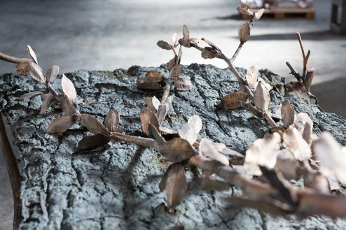 Giuseppe Penone, Pensieri di foglie (Thoughts of Leaves), 2017 (detail) Bronze and river stone, 71 ⅝ × 77 ¾ × 37 ¼ inches (182 × 197.5 × 94.5 cm)© 2019 Artists Rights Society (ARS), New York/ADAGP, Paris