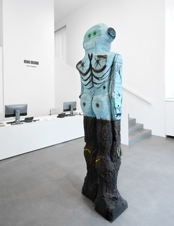 Installation view with Huma Bhabha, Receiver (2019) Artwork © Huma Bhabha