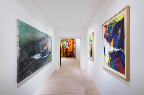 Installation view Artwork, left to right: © Tatiana Trouvé; © Katharina Grosse and VG Bild-Kunst Bonn, 2019. Photo: Andreas Zimmermann