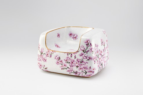 Marc Newson, Cloisonné White Magnolia Chair, 2017 Cloisonné enamel and copper, 26 ⅛ × 40 ¼ × 37 ¼ inches (66.5 × 102 × 94.5 cm)© Marc Newson