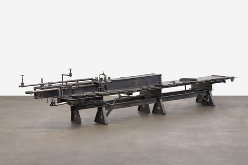 Sterling Ruby, TABLE (DOUBLE LAST SUPPER), 2019 Cast iron, brass, and steel, 66 × 348 × 56 inches (167.6 × 883.9 × 142.2 cm)© Sterling Ruby. Photo: Robert Wedemeyer