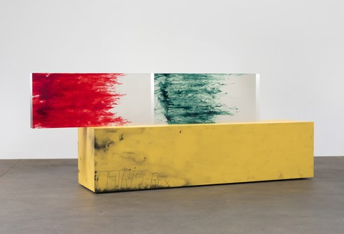 Sterling Ruby, ACTS/OSIRIS-REx, 2016 Clear urethane blocks, dye, wood, spray paint, and laminate, 66 ½ × 175 ⅛ × 35 inches (168.9 × 444.8 × 88.9 cm)© Sterling Ruby. Photo: Robert Wedemeyer