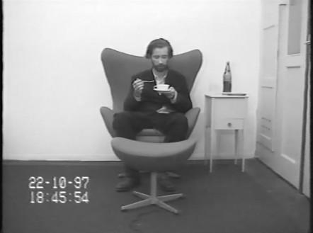 Carsten Höller, Muscimol 3. Versuch, 1997 (still) Video, black and white, sound, 14 min. 8 sec., edition of 3 + 2 AP© Carsten Höller