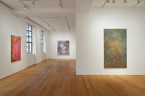 Installation view Artwork, left and right: © Emily Kame Kngwarreye/Copyright Agency. Licensed by Artists Rights Society (ARS), New York, 2020; center: © Bill Whiskey Tjapaltjarri