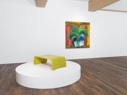 Installation view Artwork, left to right: © Marc Newson; Howard Hodgkin, In Tangier, 1987–90 © The Estate of Howard Hodgkin. Photo: Julien Gremaud