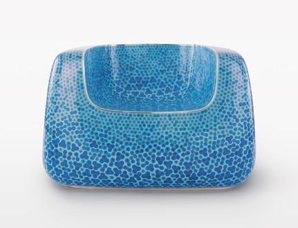 Marc Newson, Cloisonné Blue Chair, 2017 Cloisonné enamel and copper, 26 ⅛ × 40 ¼ × 37 ¼ inches (66.5 × 102.1 × 94.6 cm)© Marc Newson