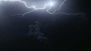 Piero Golia, Still Life (Lightning), 2020 (still)
