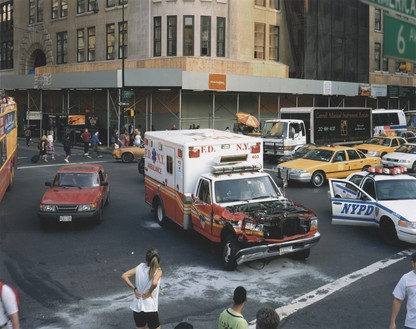 Roe Ethridge, Ambulance Accident, 2000 Dye sublimation print on aluminum, 40 × 50 ¼ inches (101.6 × 127.6 cm), edition of 5 + 2 AP© Roe Ethridge
