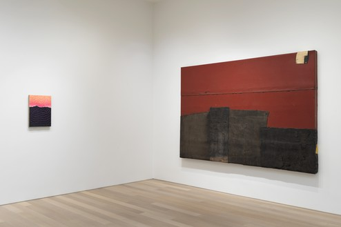 Installation view Artwork, left to right: © Jennifer Guidi, © Theaster Gates. Photo: Rob McKeever